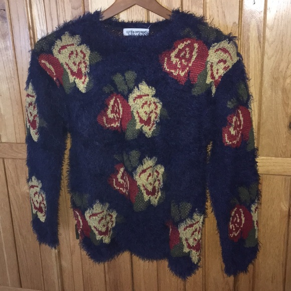 0f67cd5ab92 Cotton Emporium Royal Blue Rose Sweater Small